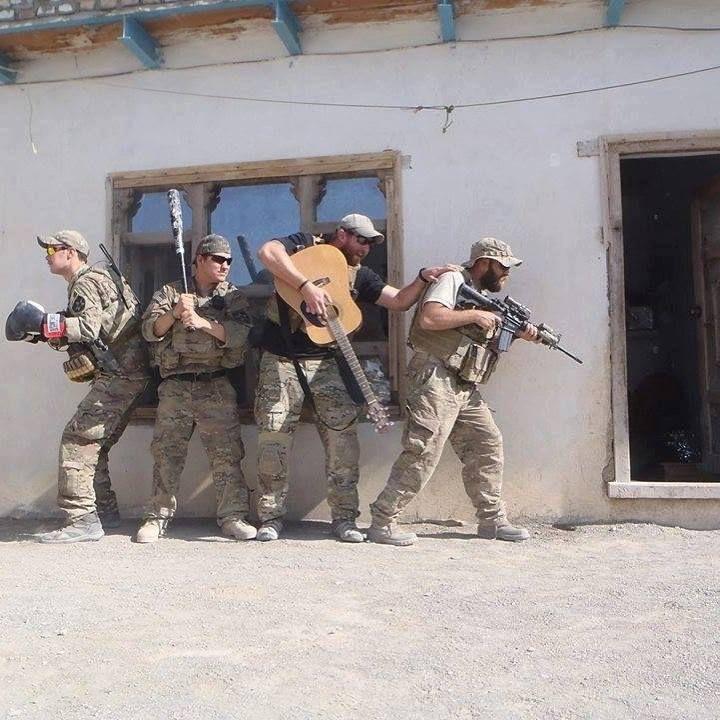 Когда военные шутят юмор