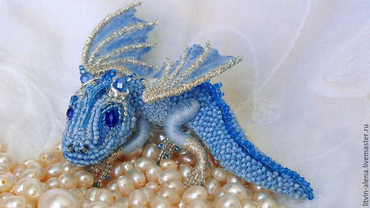 Brooches handmade. Order Brooch dragon 'Frost' Brooch beads. Embroidered dragon. master Alena Litvin. Livemaster. Brooches, buy