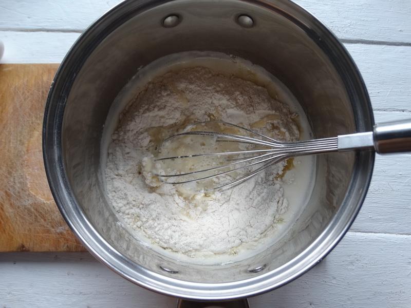 Тесто для эклеров — рецепт, которому я научилась у Александра Селезнева. Сколько готовлю, результат всегда классный