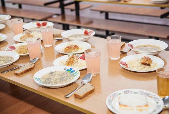 Как прокормить ребёнка на 150 рублей: о семьях, оставшихся без поддержки