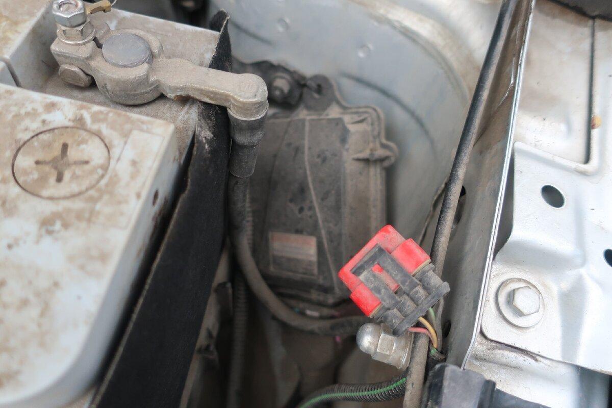 «Бензин больше не нужен?»: Владелец обычной легковушки рассказал, сколько он экономит с ГБО на метане авто,авто и мото,автосамоделки,бензин,водителю на заметку,машины,ремонт,Россия,советы,тюнинг