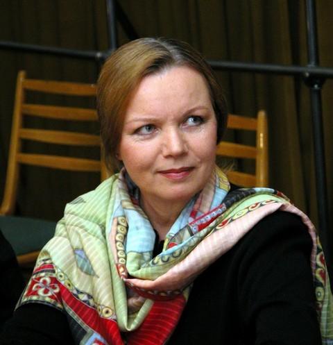 Валентина Теличкина показала дом, который строила больше 30 лет