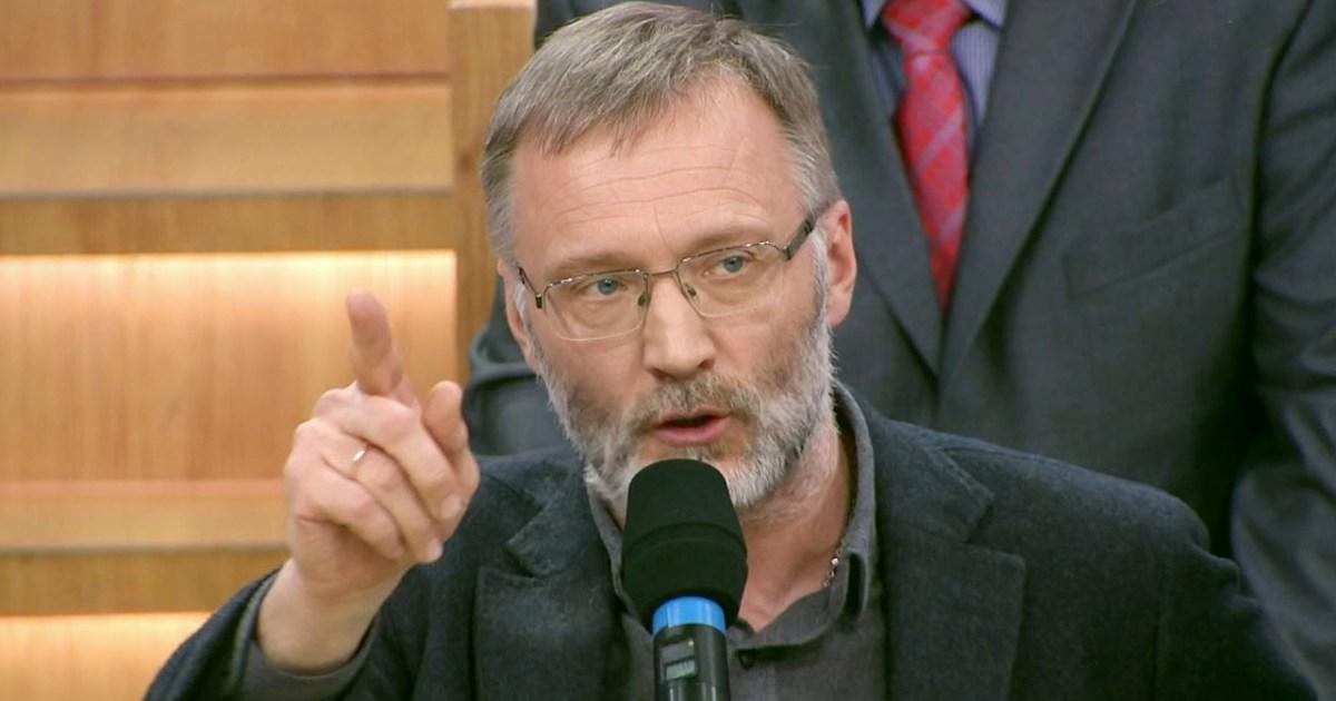 Сергей Михеев жестко объяснил украинскому политологу, почему на медалях «за Крым» выбита дата 20 февраля