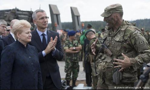 Президент Литвы поблагодарила НАТО за размещение батальона в стране