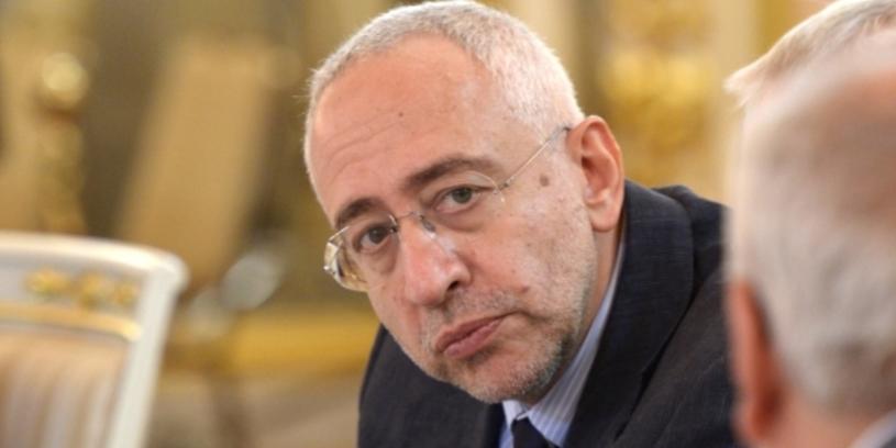 «Не приживется». Сванидзе раскритиковал идею ограничить места для митингов