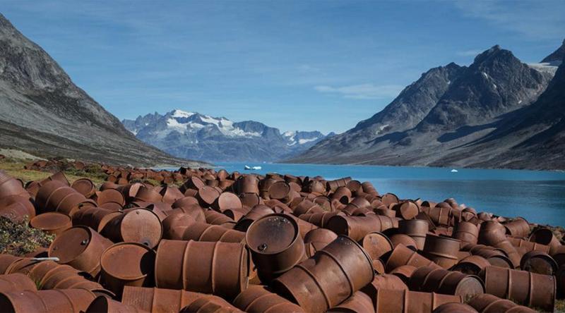 Заброшенная  военная база в Гренландии гренландия, подборка, природа, путешествия, север, удивительное