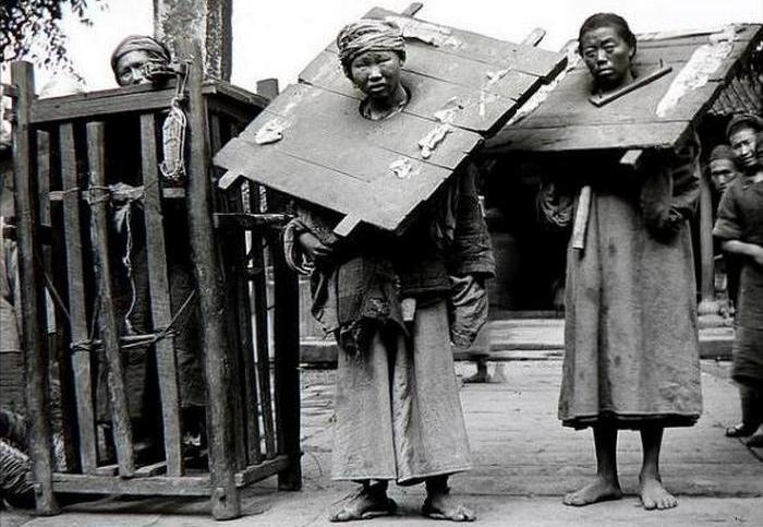 15 шокирующих фотографий наказаний и казней, которые практиковались в Китае в XIX веке