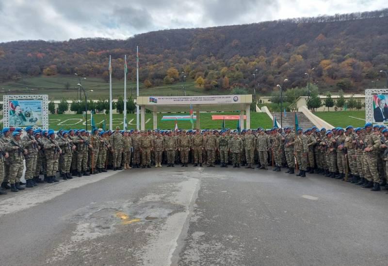 Азербайджанская армия стремится к полному соответствию турецкому варианту