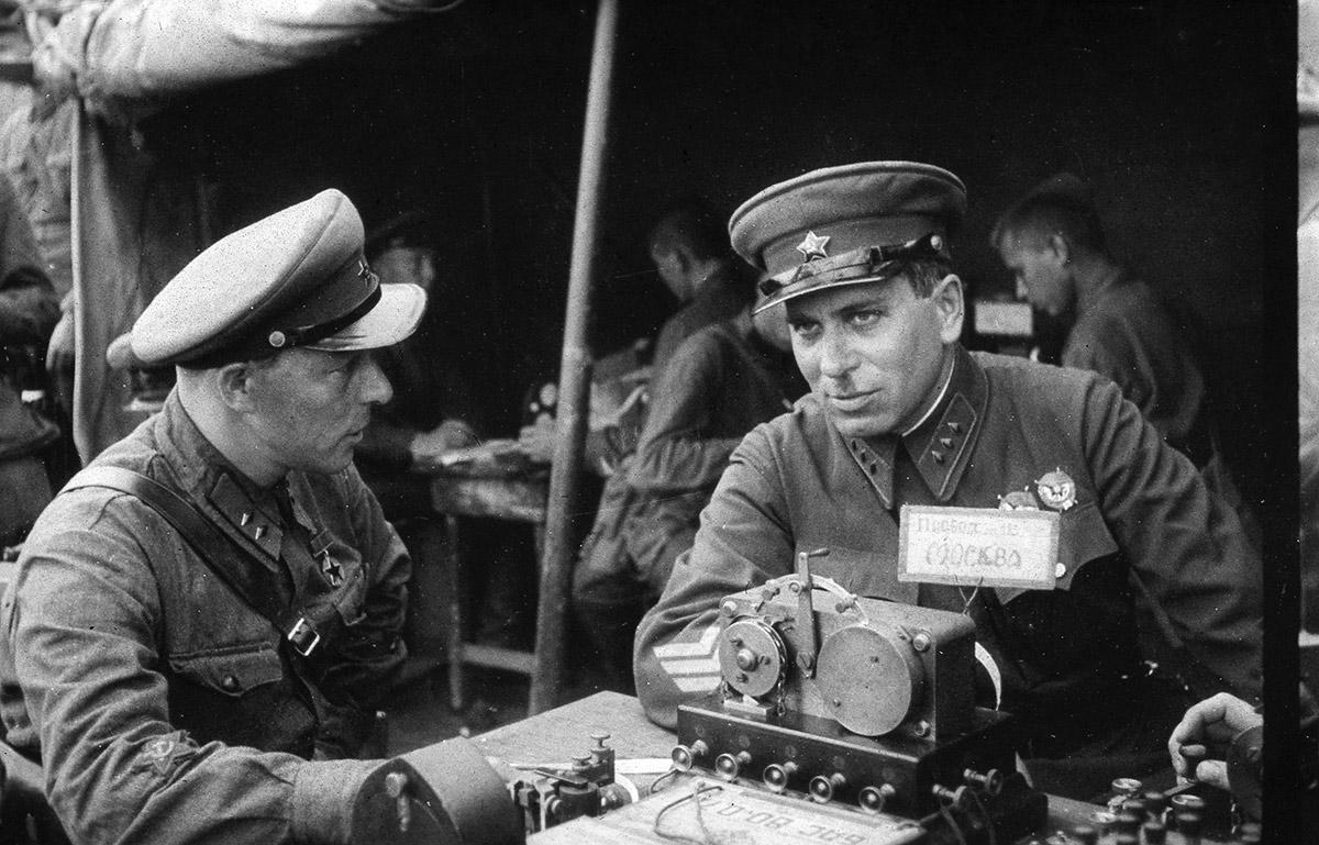 Спасенные фото 1938-40 гг. из Уссурийска загадки истории