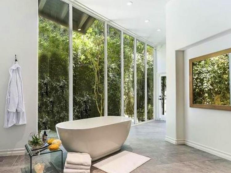 Экскурсия по новому особняку Селены Гомес стоимостью в 5 миллионов долларов Стиль жизни,Дома звезд