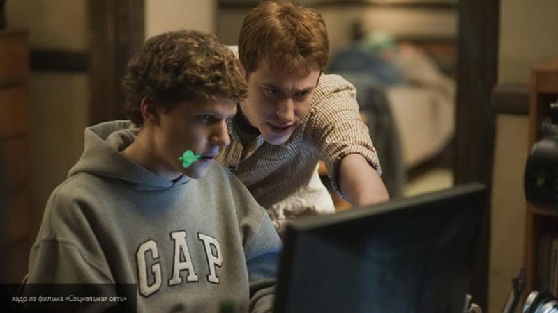 """У фильма """"Социальная сеть"""" о Facebook появится продолжение"""