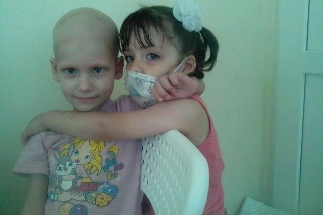 Сестры по крови. Как двухлетняя Лера спасла больную раком сестру