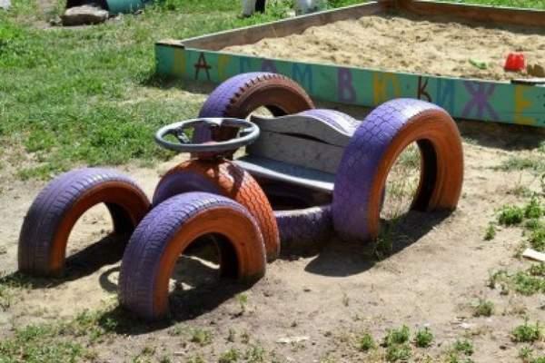 Старые шины для дачных забав