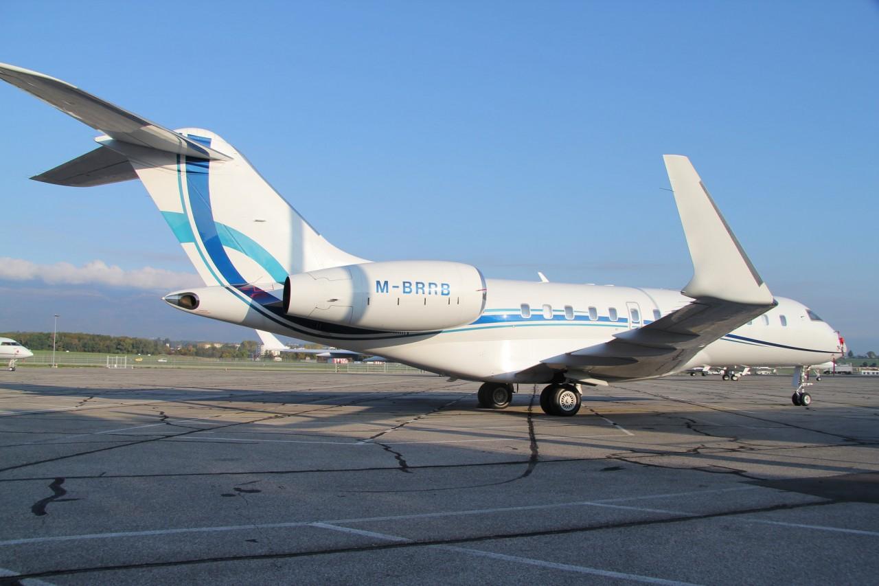 Российские олигархи лишились своих частных самолётов из-за санкций (скинемся СМСками?)