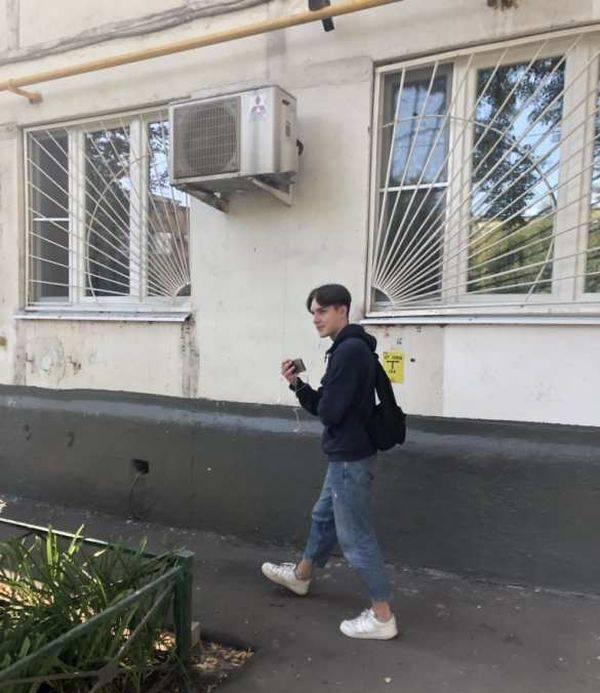 Скандально известную оппозиционерку Соболь подвергли обструкции в Москве колонна