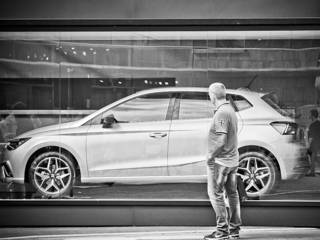 Как грамотно вложиться в покупку авто?