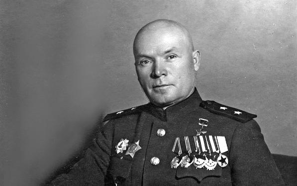 Дмитрий  Лелюшенко - универсальный генерал Великой Отечественной