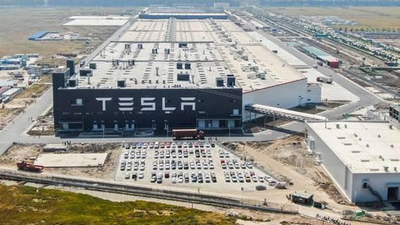 Tesla построит в Китае центр обработки данных из-за нового закона о хранении данных электромобилей на территории КНР