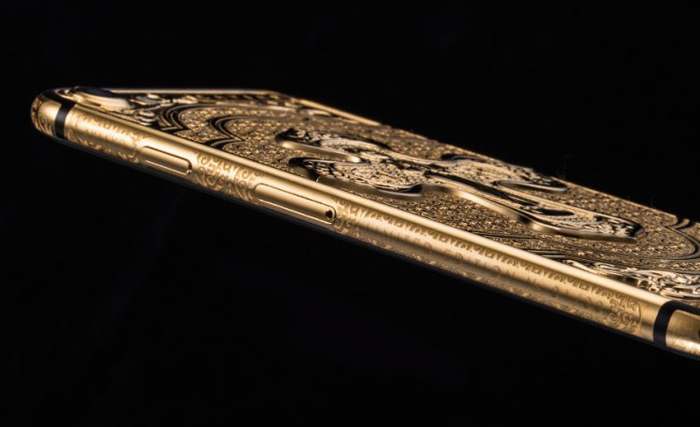 «Спаси и сохрани»: провокационная пасхальная коллекция золотых айфонов iphone,дизайн,золото,люкс,Россия