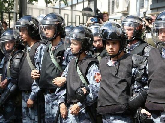 Росгвардеец госпитализирован с места несогласованной акции в Москве общество,политика,протесты,россияне