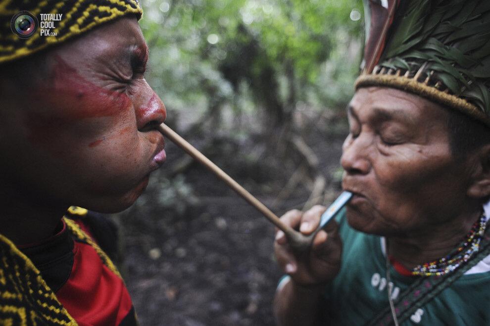 Самые странные религиозные ритуалы со всего мира