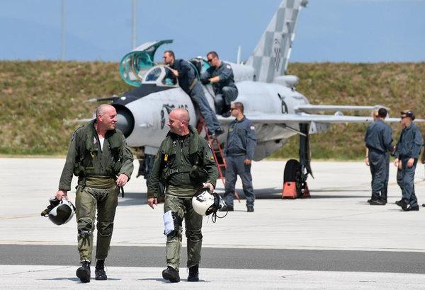 Израильские пилоты отказываю…