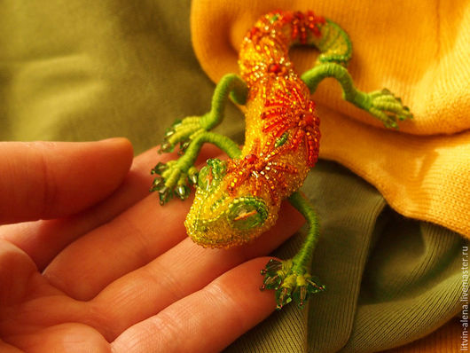 Brooches handmade. A beaded brooch 'Oktyabrina' Brooch lizard. Autumn brooch. master Alena Litvin. My Livemaster.lizard