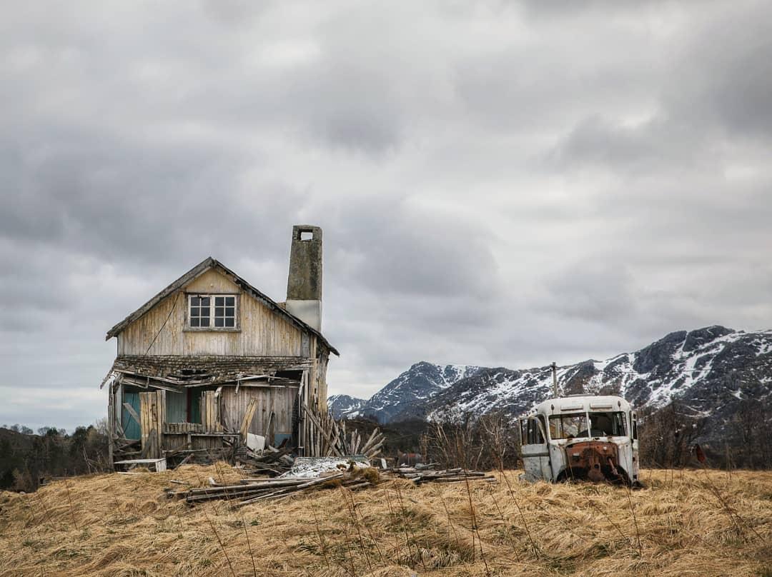 Очаровательные норвежские заброшки на снимках Бритт Мари Бай