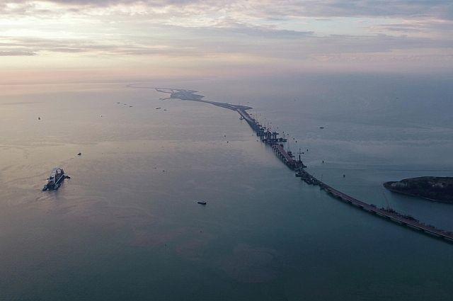 Началось голосование за лучшее название для моста через Керченский пролив