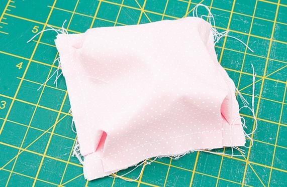 Детское одеялко из пузырьков в технике пэчворк. Мастер-класс (9) (571x373, 476Kb)