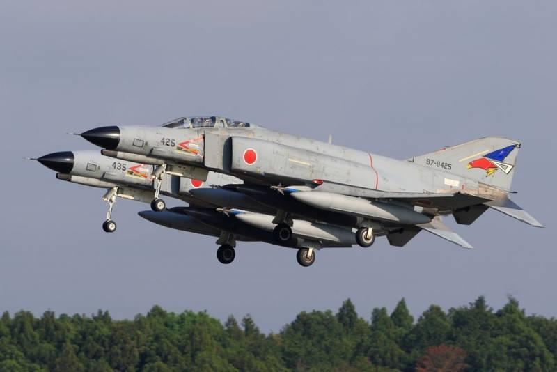 Япония снимает с вооружения истребители, «десятилетиями державшие в напряжении Китай» Новости