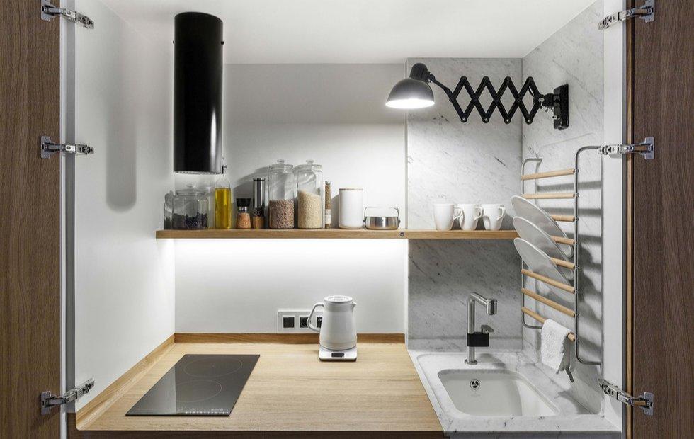 Душ в спальне, кухня в шкафу: микростудия в доме-коммуне на Гоголевском идеи для дома,интерьер и дизайн