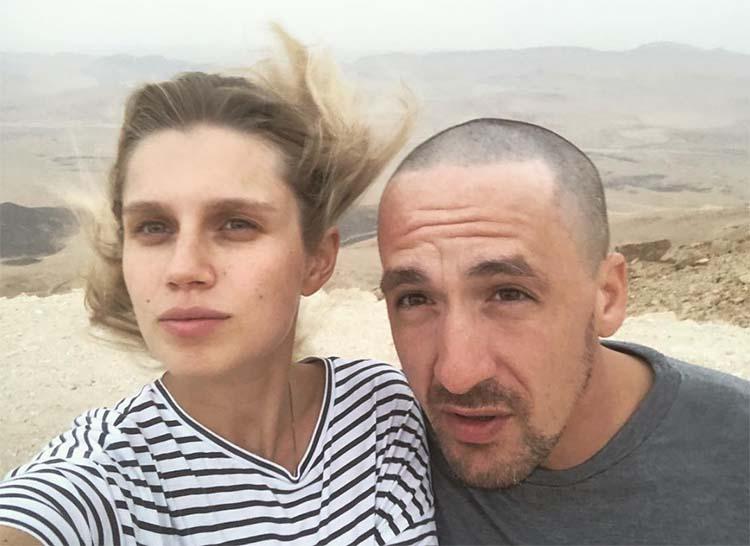 Это официально: Дарья Мельникова и Артур Смольянинов развелись Звезды,Звездные пары