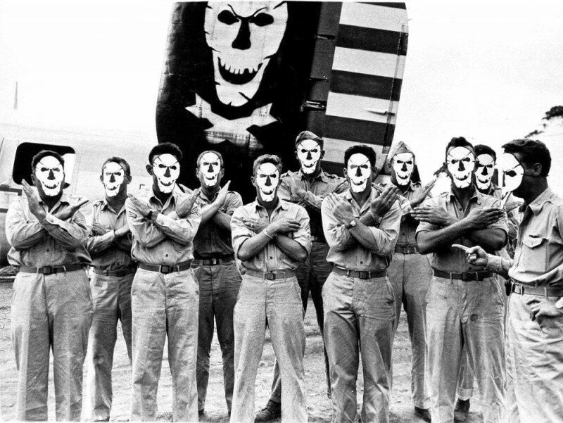 Американская 90-ая бомбардировочная группа «Весёлый Роджер», США, 1942 год. история, ретро, фото