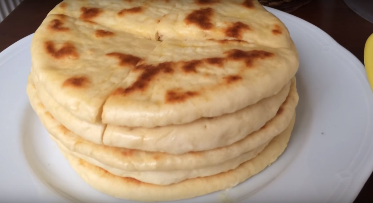 Турецкая лепешка на сковороде