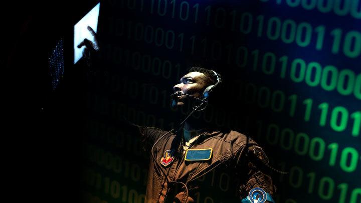 Почему Пентагон готовит новую тактику кибервойны с Россией и что это значит