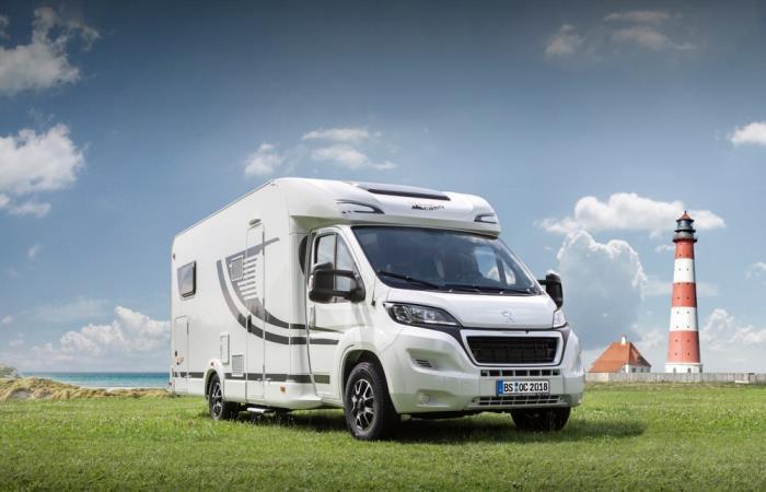 Энтузиасты из Германии превратили Peugeot Boxer в дом на колесах для путешествий семьей