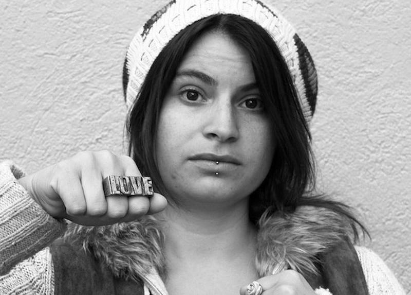 Что носят девушки для самозащиты