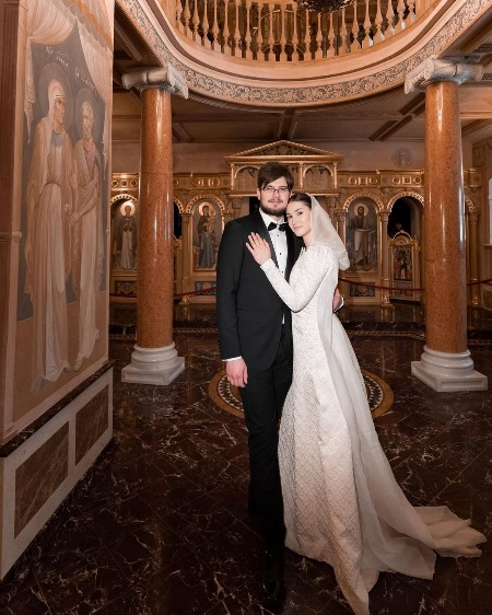 Дочь Бориса Немцова обвенчалась со своим мужем через семь месяцев после свадьбы Свадьбы,Звездные свадьбы
