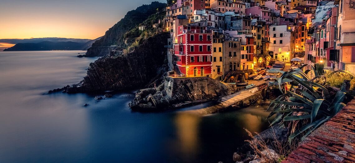 8 живописных городов, возведенные на скалах, где вы можете почувствовать себя на высоте