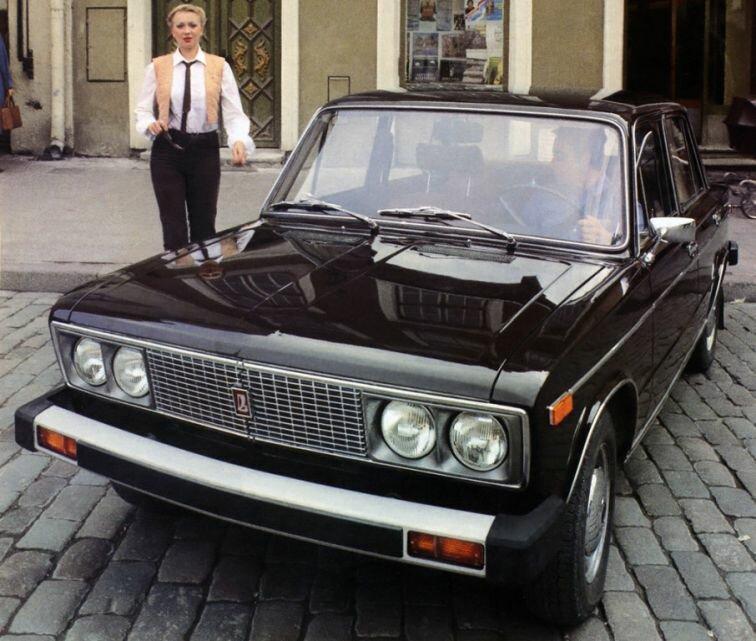 Одна из самых странных Вазовских машин. Лада «Пол-седьмого» версия, видел, машину, можно, якобы, ВАЗ2105, действительно, могли, легенда, время, машина, знает, действительности, Брежнева, Лично, заказом, назадСоответствует, вызывает, бампером, большие