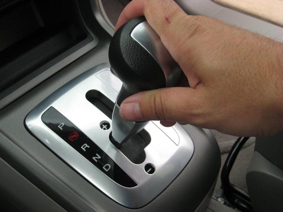 Что будет, если на ходу включить заднюю передачу на АКПП авто,авто и мото,автосалон,автосамоделки,водителю на заметку,машины,ремонт,Россия,советы,тюнинг