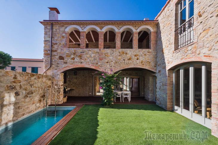 Очаровательный деревенский интерьер в испанском доме в Жироне, Испания