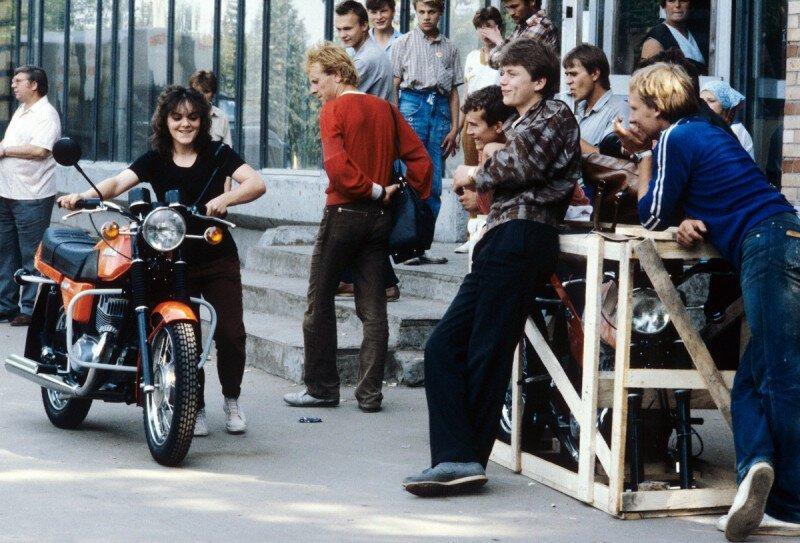 Новенькая Ява. СССР. 1980-е история, ретро, фото
