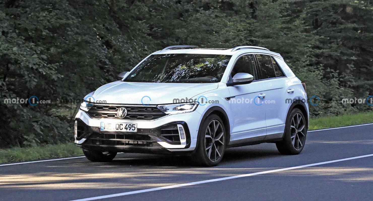 Volkswagen спешит с обновлением T-Roc R Автомобили