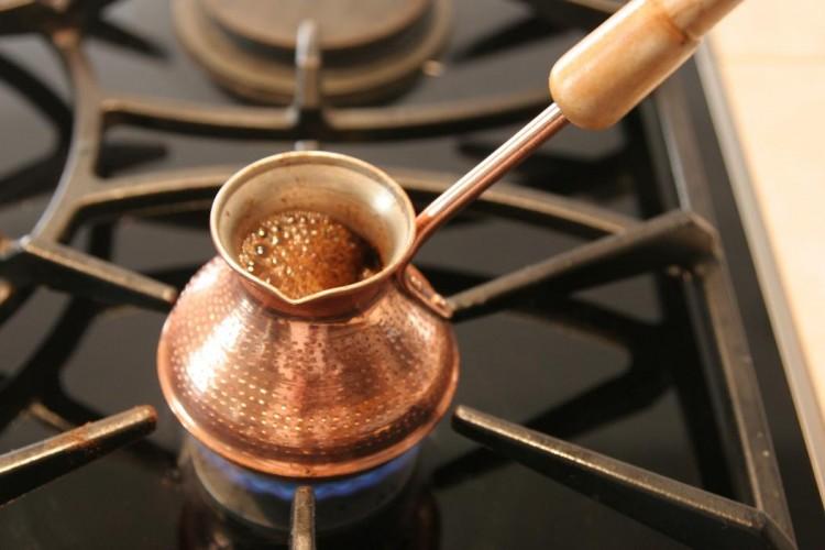 Минет - пока варится кофе....