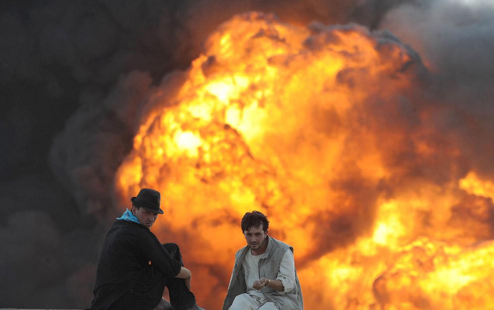 Горящий бензовоз в Кабуле