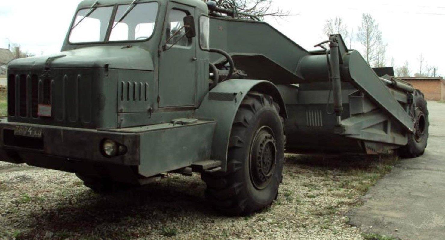 МАЗ 529 — одноосный тягач из СССР Автомобили