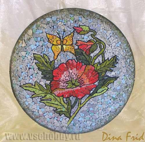 мозаика из яичной скорлупы маки на тарелке своими руками