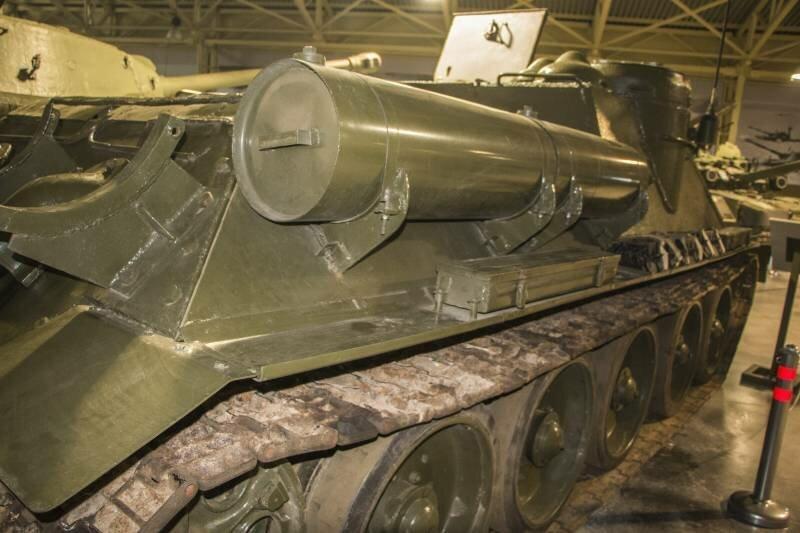 Рассказы об оружии. СУ-100 снаружи и внутри